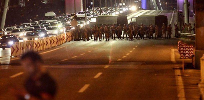Fără precedent! Președintele Erdogan a dat afară 8000 de polițiști doar pentru o suspiciune