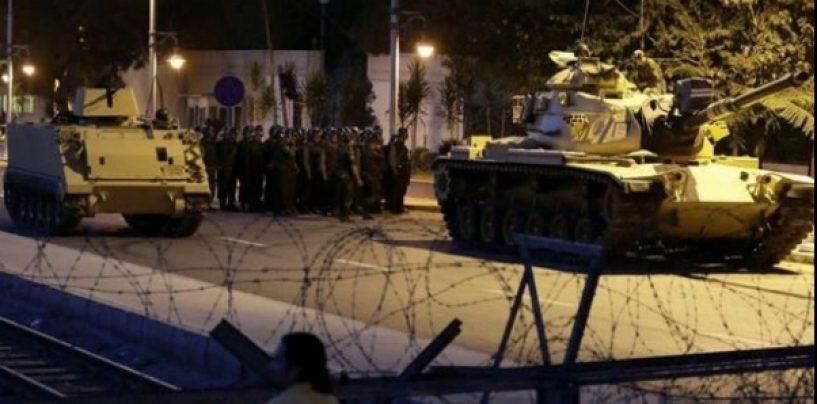 Lovitură de stat în Turcia. Armata a preluat puterea. Tancurile sunt pe străzile din Ankara si Istanbul