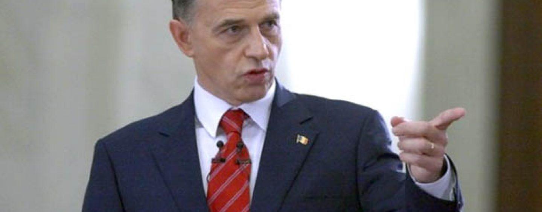 Mircea Geoană, mai aproape de PRU, din teamă de Băsescu și Tăriceanu