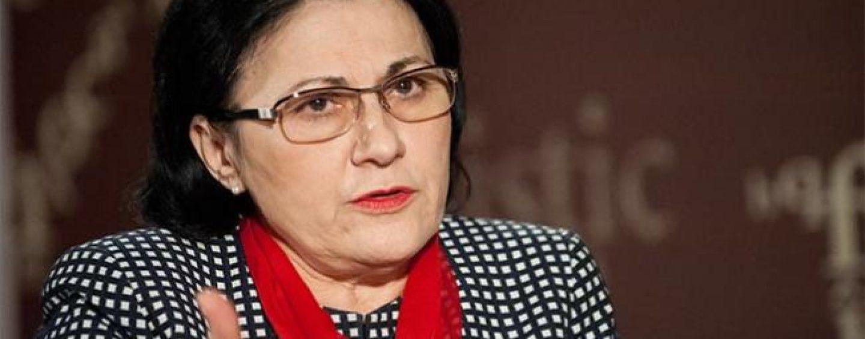 Cine a semnat alături de Ecaterina Andronescu care schimbă soarta școlilor?