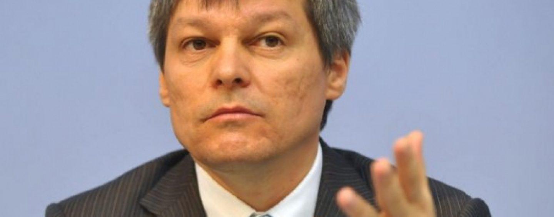 Dacian Ciolos, in Parlament: Cresterea economica de anul acesta va fi de 4,8%