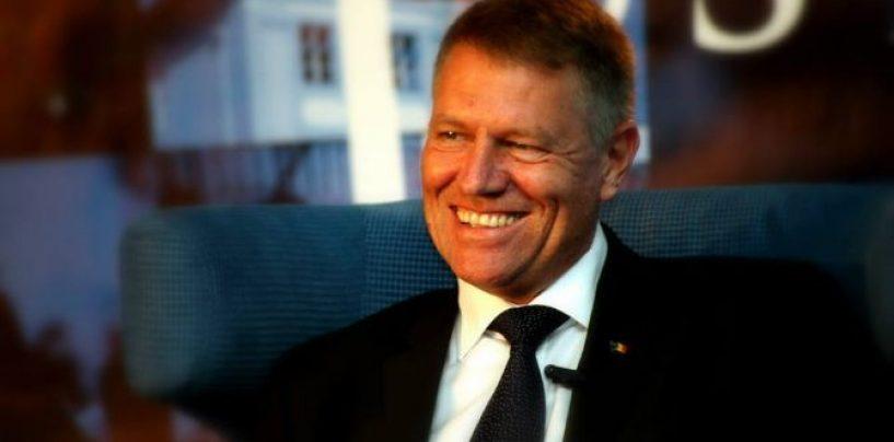 Cum l-a salvat vecina de lângă casă pe Klaus Iohannis de dosarele penale