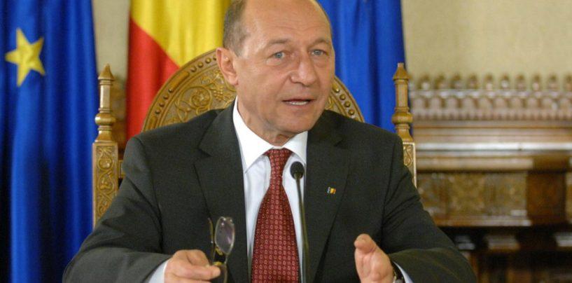 Traian Băsescu : Dacian, ai reușit să-l umilești pe Brâncuși chiar în țara lui