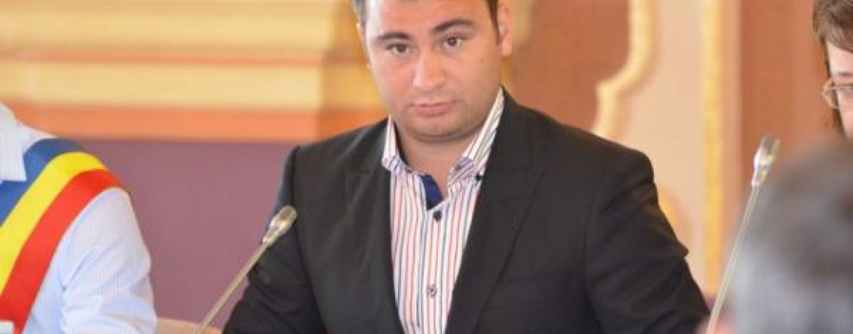 Huliganismul, în curtea PNL Arad. Un candidat liberal l-a bătut pe un tânăr de l-a băgat în spital