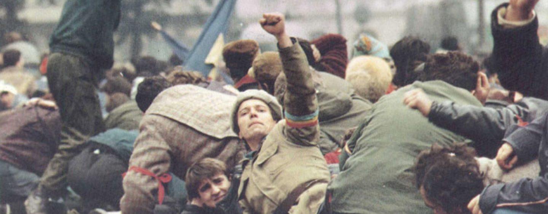 Raportul comisiei senatoriale despre Revoluția română. Cum s-au derulat evenimentele din Decembrie 1989, în context internațional