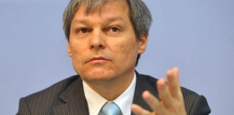 Dacian Cioloș: Cel mai important este să iasă cât mai multă lume la vot