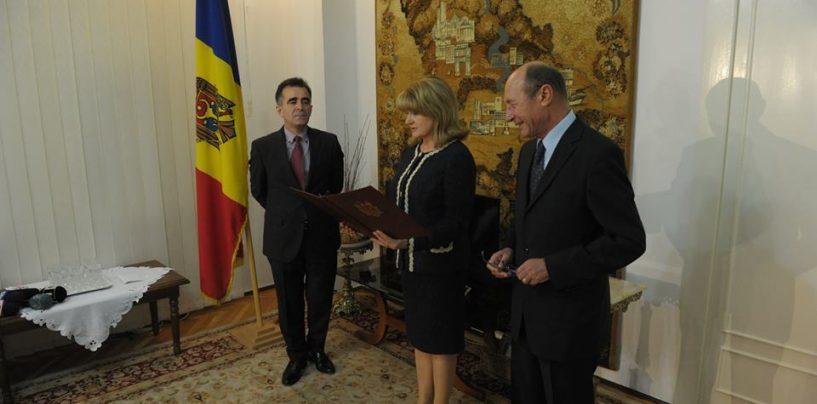 Traian Băsescu a rămas fără cetățenia moldovenească. Răzbunarea lui Igor Dodon