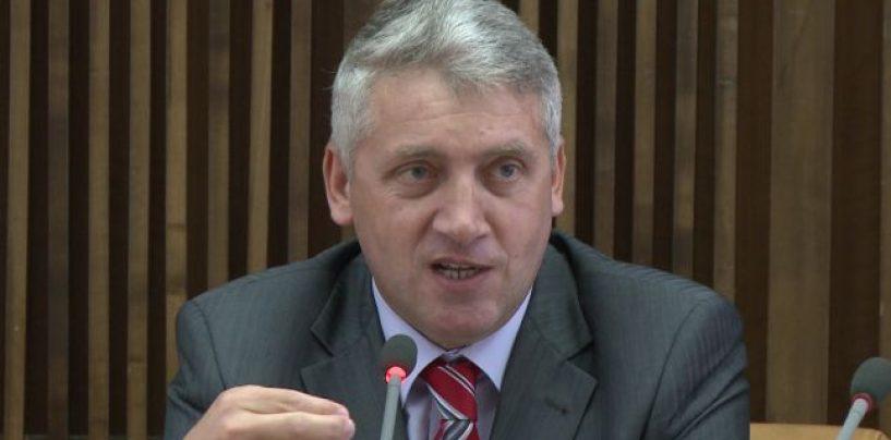 Adrian Țuțuianu: Florian Coldea și-a petrecut vacanțele cu Sebastian Ghiță