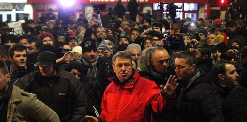 Klaus Iohannis: O gașcă de politicieni vor să slăbească statul de drept