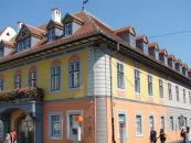 Tun imobiliar la Sibiu. Cum a fost retrocedat sediul FDGR în anii 90. Președinte al Forumului era un fost voluntar SS