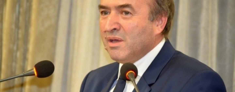 Ministrul Justiției ar putea cere demisia procurorului general și al șefului DNA