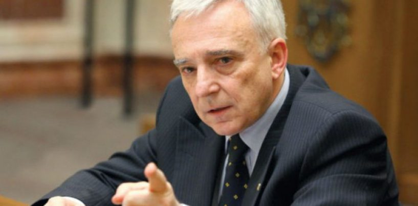 Mugur Isărescu: Nu e bine să forțăm creșterea economică. Se acumulează dezechilibre