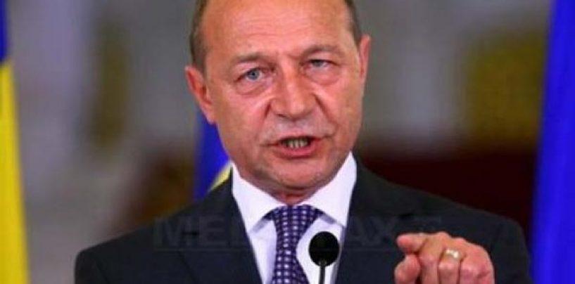 Traian Băsescu: Mă rog la Dumnezeu pentru o viață cât mai scurtă pentru Guvernul Viorica Vasilica Dragnea