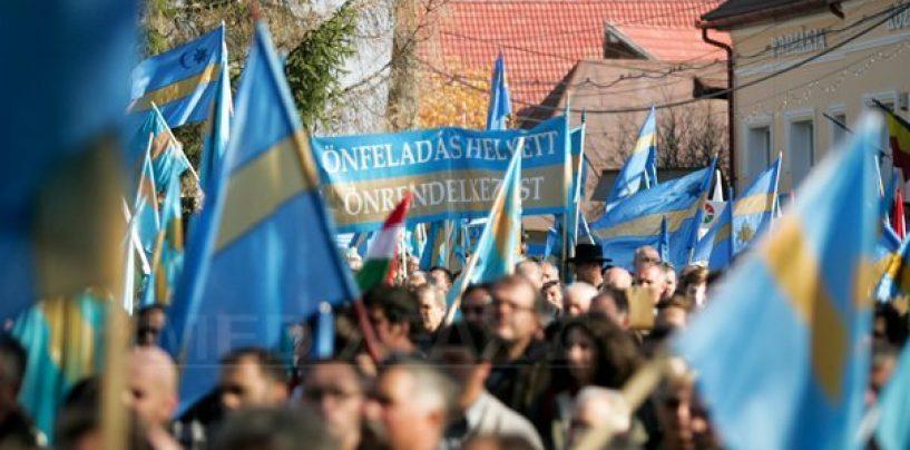 Mare manifestație la Târgu Mureș pentru autonomia Ținutului Secuiesc