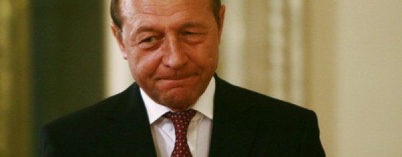 Traian Băsescu, de unul singur în Senat. Alți doi colegi au trecut la ALDE