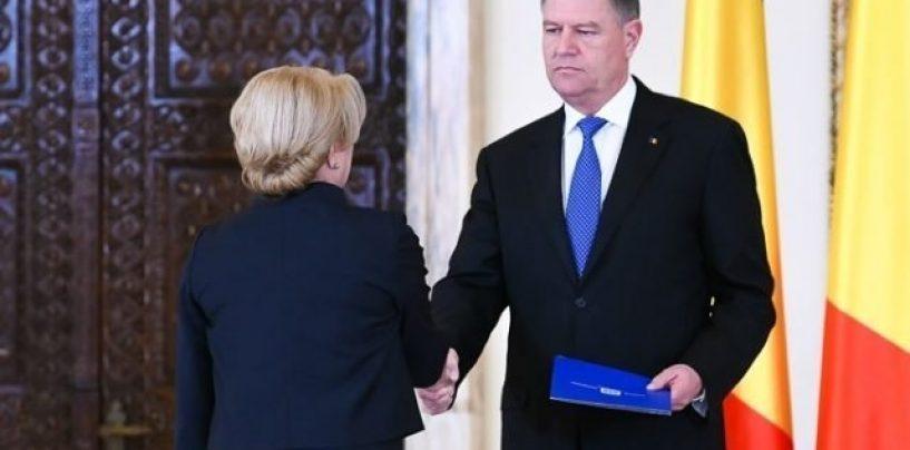 Președintele Klaus Iohannis atacă la CCR concediul luat de premierul Viorica Dăncilă