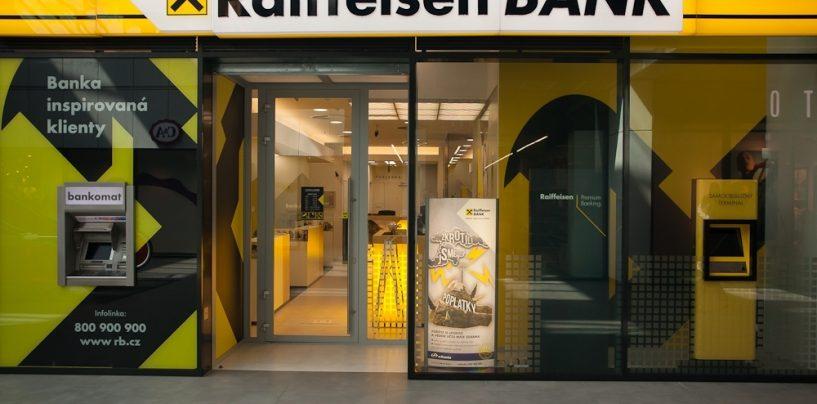 Austriecii de la Raiffeisen Bank isi bat joc de Centenarul Romanesc