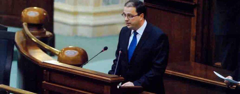 L-a mai văzut cineva, pe ministrul Culturii, George Ivașcu? Este dat dispărut!