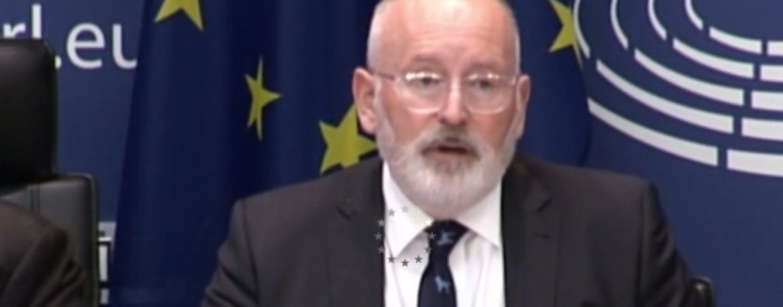 Amenințările Comisiei Europene la adresa României pe motiv de legile justiției