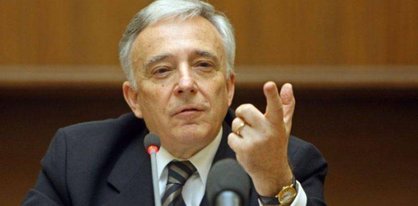 Mugur Isărescu refuză să meargă în Parlament