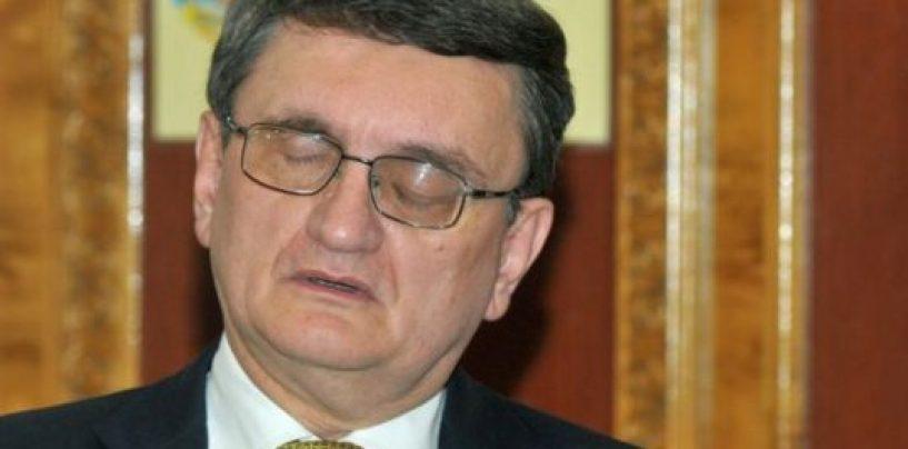 Victor Ciorbea rămâne fără pensia specială