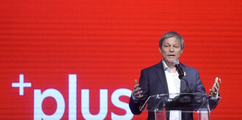 În programul de guvernare Cioloș? Aberațiile unui lider Plus: desființarea proprietății și a granițelor