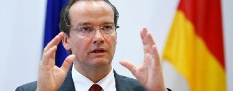 Un lider important la Bundestagului cere activarea articolului 7 din Tratatul UE împotriva României