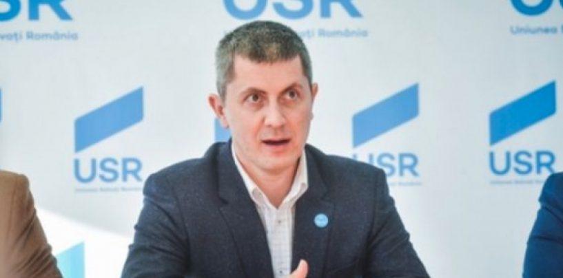 Dan Barna (USR): Românii s-au săturat de mica ciupeală promovată de Orban