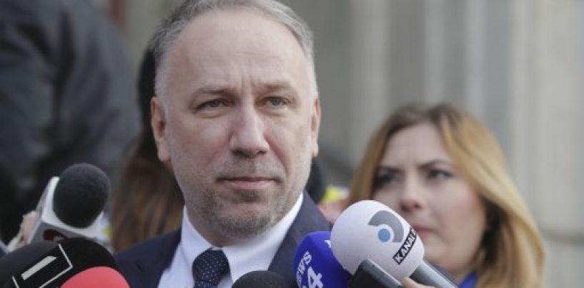 Procurorul general încearcă să dreagă busuiocul în cazul Sorina