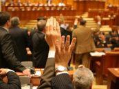 Guvernul forțează adoptarea pensiilor speciale pentru aleșii locali
