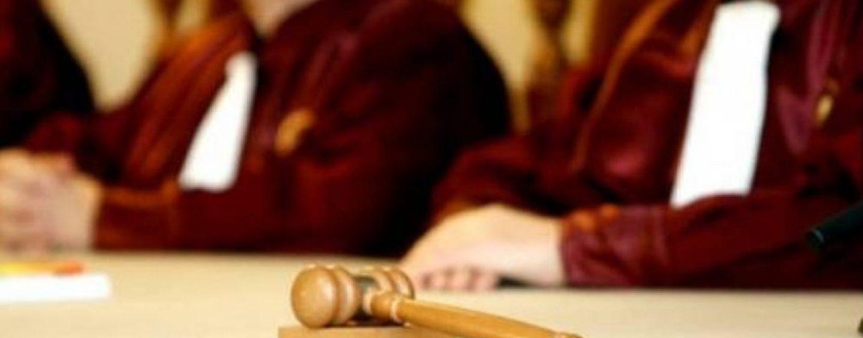 Lovitură de teatru, la CCR. Completurile de trei judecători de la ICCJ, nelegale. Ce se va întâmpla cu Dragnea?