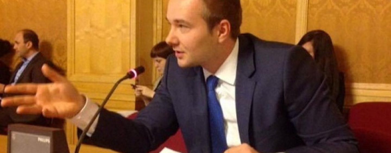 Deputatul Dan Gheorghe, ținta atacurilor venite din gașca progresiștilor. La rând, Caramitru junior