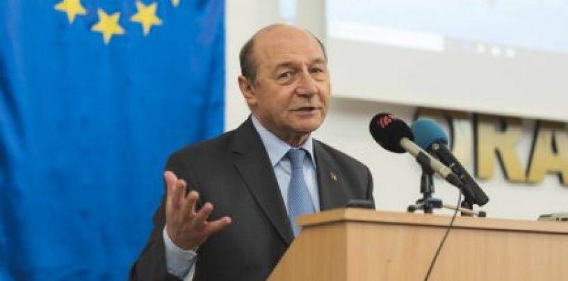 Traian Băsescu, colaborator al Securității