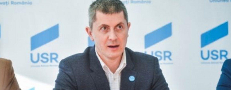 Barna: Prefer să mai rămână Dăncilă la guvernare decât să se întoarcă Tăriceanu și Ponta