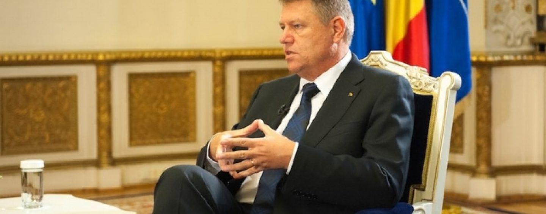 Postul de profesor titular al lui Klaus Iohannis, păstrat timp de 20 de ani. Nimeni nu are dreptul să îl ocupe