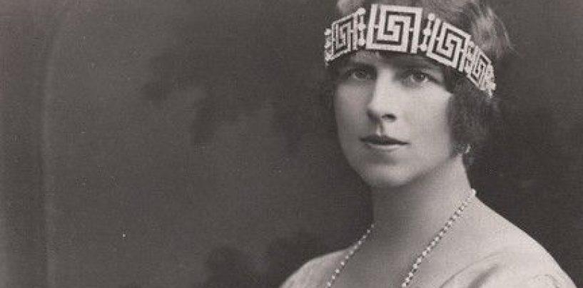 Istoria își ia țara înapoi. Reînhumarea Reginei Elena pe pământ românesc