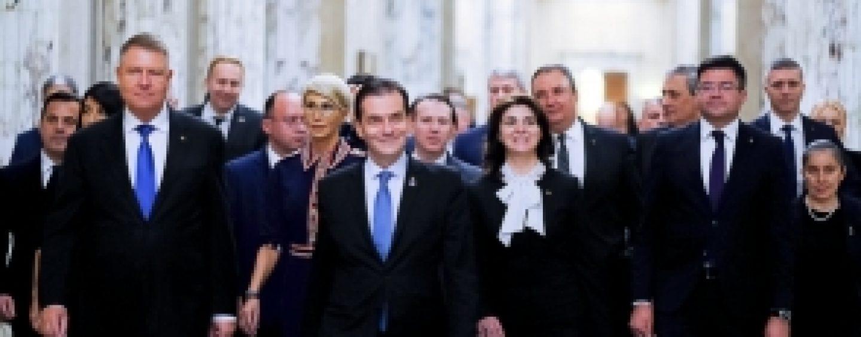 Cum vinde Guvernul Orban limba română pentru 30 de arginți. Pardon, pentru voturile UDMR