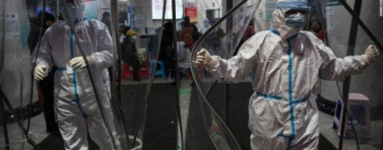Prețul măștilor de protecție s-a mărit de sute de ori. Cum se speculează criza coronavirusului