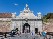 Bani europeni și de la buget, pe Apa Sâmbetei. Cetatea Alba Carolina, din renovare, în renovare