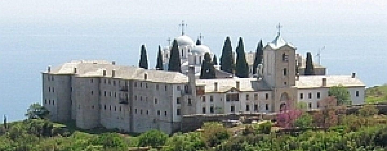 În plină criză a coronavisului! Parlamentarii au triplat alocația pentru biserica românească de pe Muntele Athos