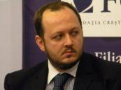 Adrian Papahagi: Jegul cinic de Iohannis se joacă de-a Câțu în plină criză de coronavirus