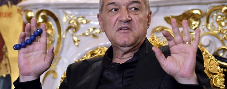 Dramă în fotbalul românesc! Gigi Becali le taie, la jumătate, salariile jucătorilor de la FCSB