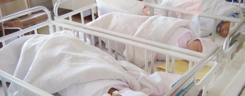 Situație gravă la Timișoara. Zece bebeluși, infestați cu coronavirus