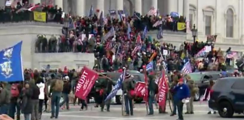 Au luat Capitoliul cu asalt. Trump și susținătorii lui  refuză rezultatul alegerilor