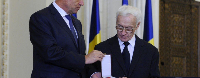 Pe listă, istorici și intelectuali. Protest PSD, PNL și AUR  față de demiterea lui Octav Bjoza